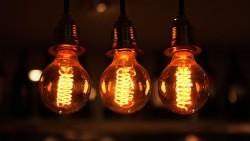 El lado oscuro de la  Eficiencia Energetica y las Electricas