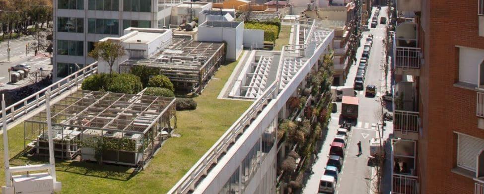 cubiertas ajardinadas en edificios