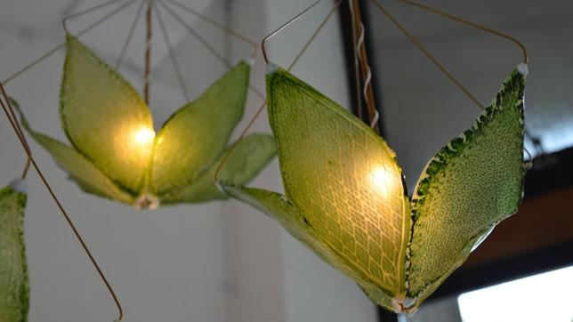 iluminacion con hojas artificiales