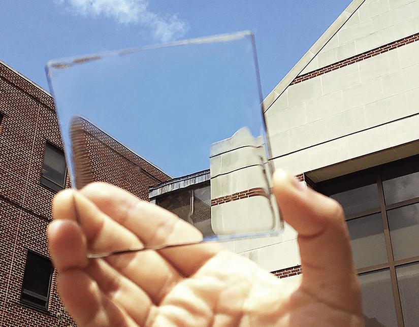 ventana transparente que produce energia