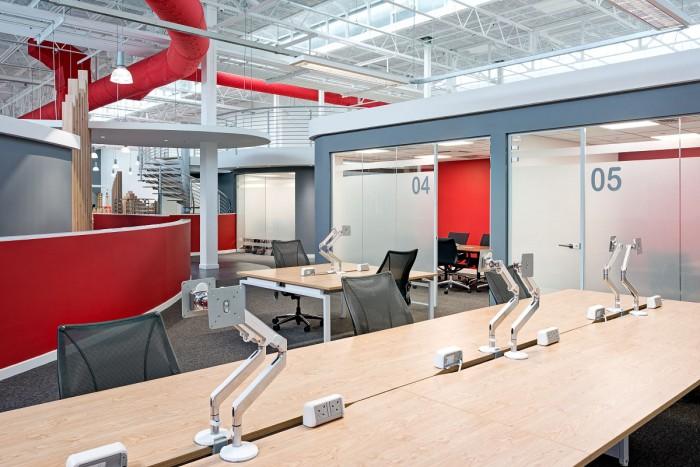 Los 10 dise os de oficinas m s cool for Fachadas modernas para oficinas