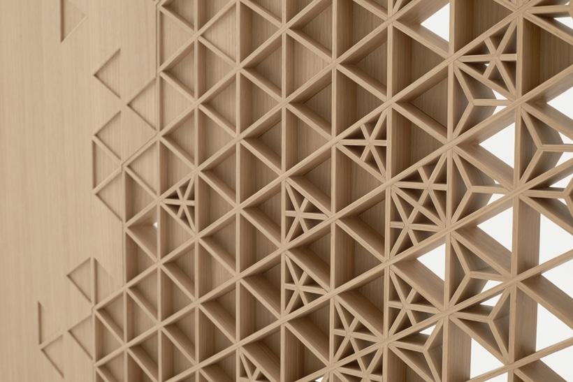 7 puertas de madera muy originales y con buen dise o ovacen for Celosias en madera