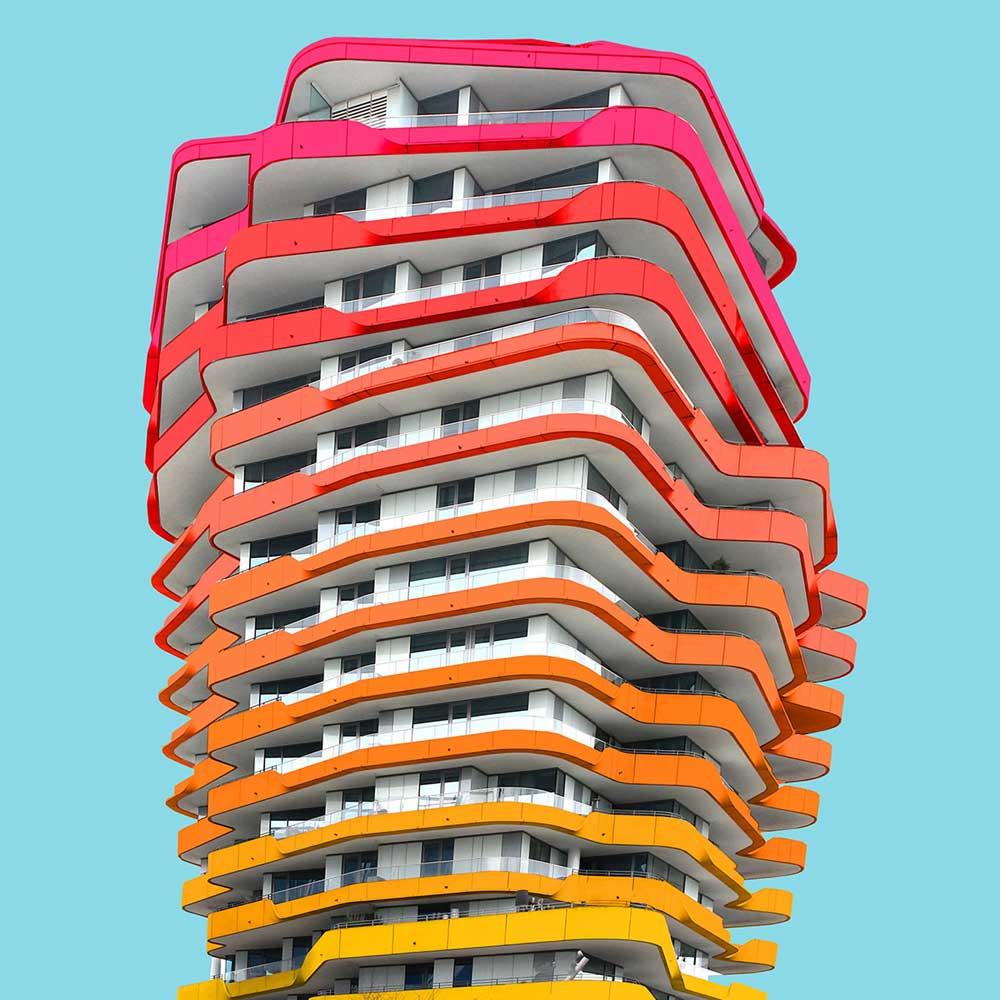 Una perspectiva arquitect nica del edificio con mucho for Dimensiones arquitectonicas