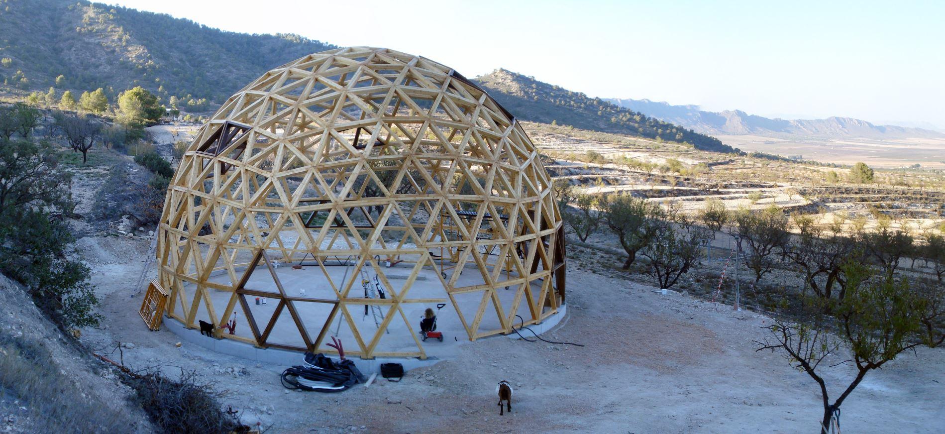 Como Hacer Un Domo O Cupula Geodesica En El Jardin De Casa Ovacen