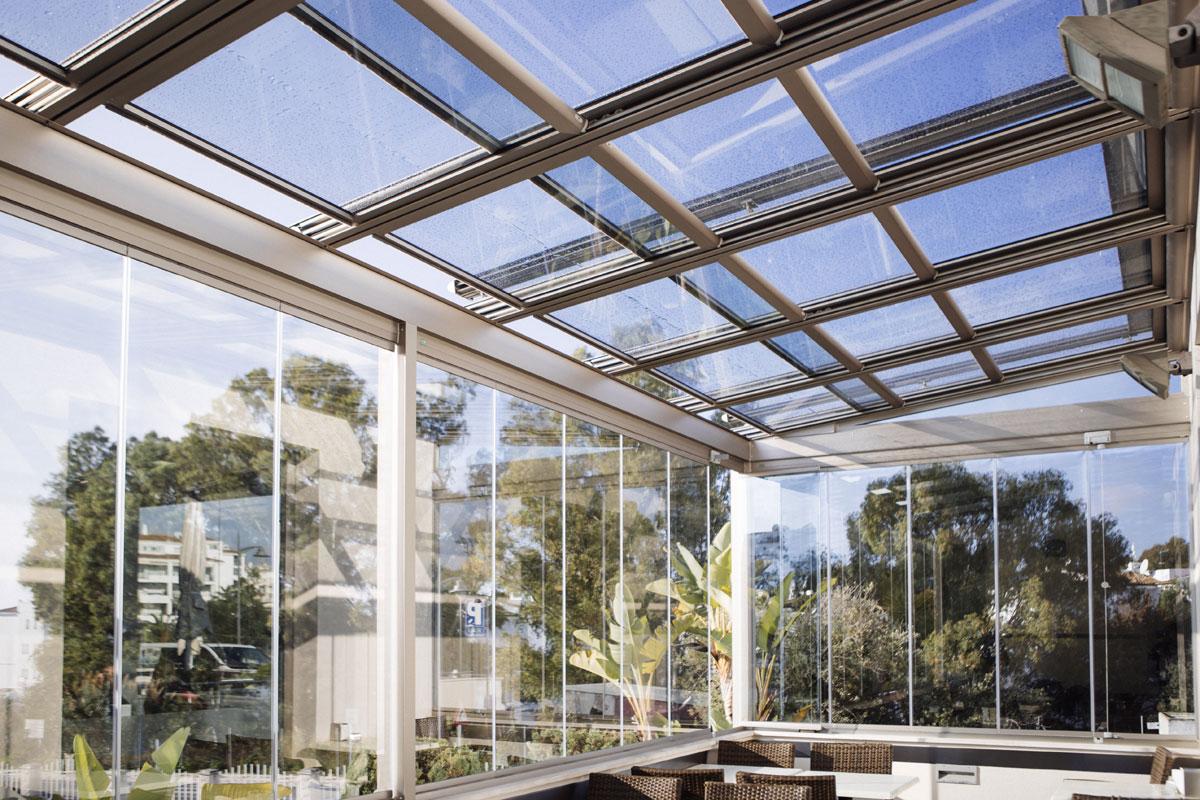 Análisis: acristalamiento, ventanas y cortinas de cristal en ...