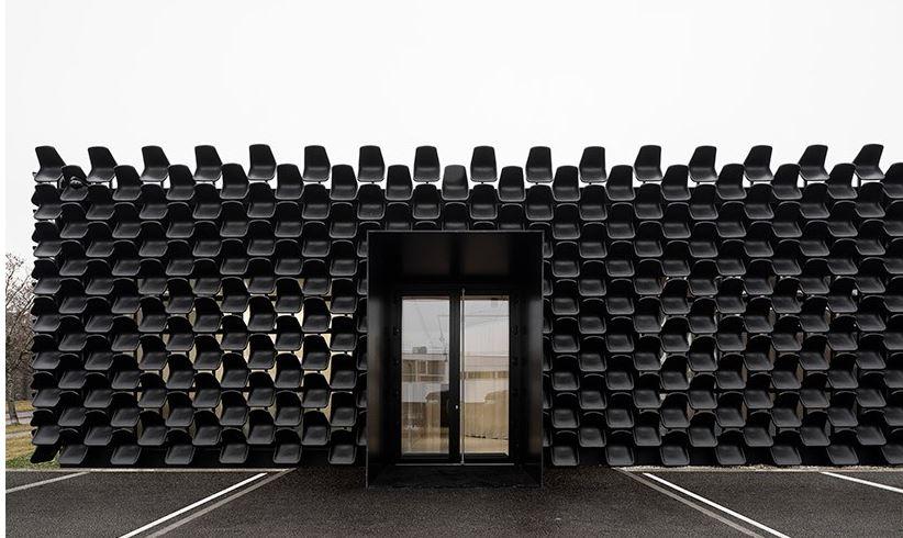 sillas de plastico para arquitectura