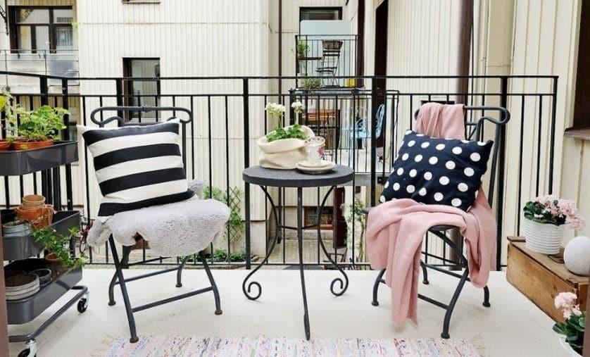 balcones con muebles