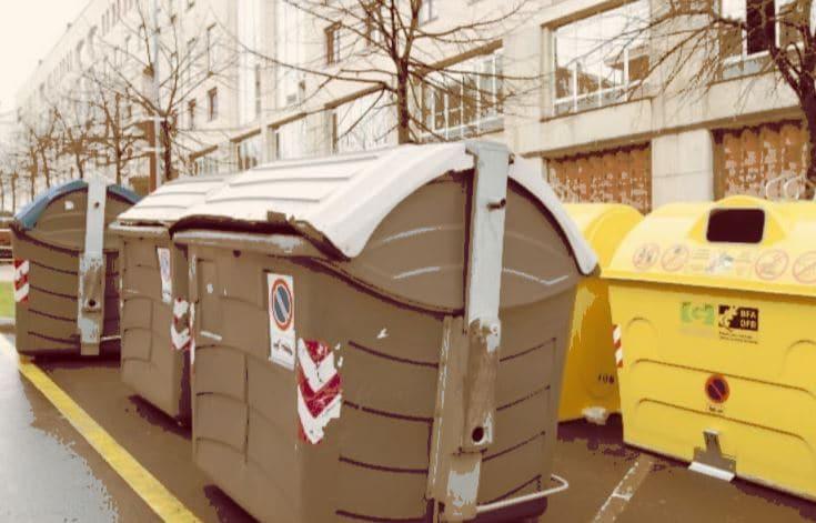 contenedores de reciclaje basura