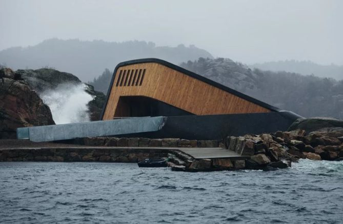 estructura restaurante submarino