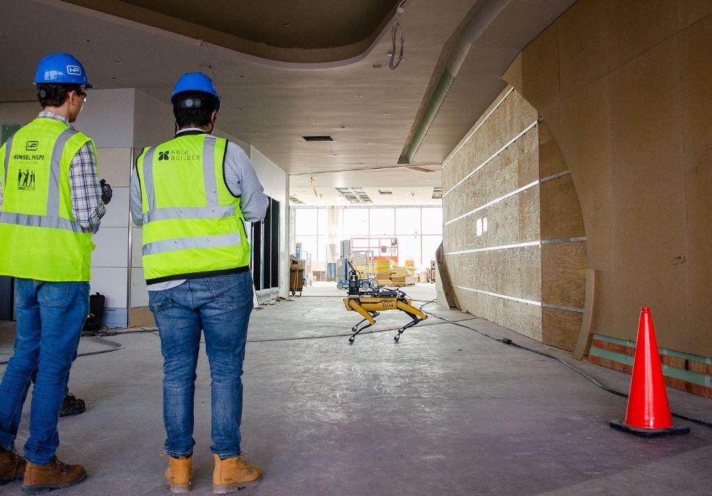 robot procesa obras en construcción